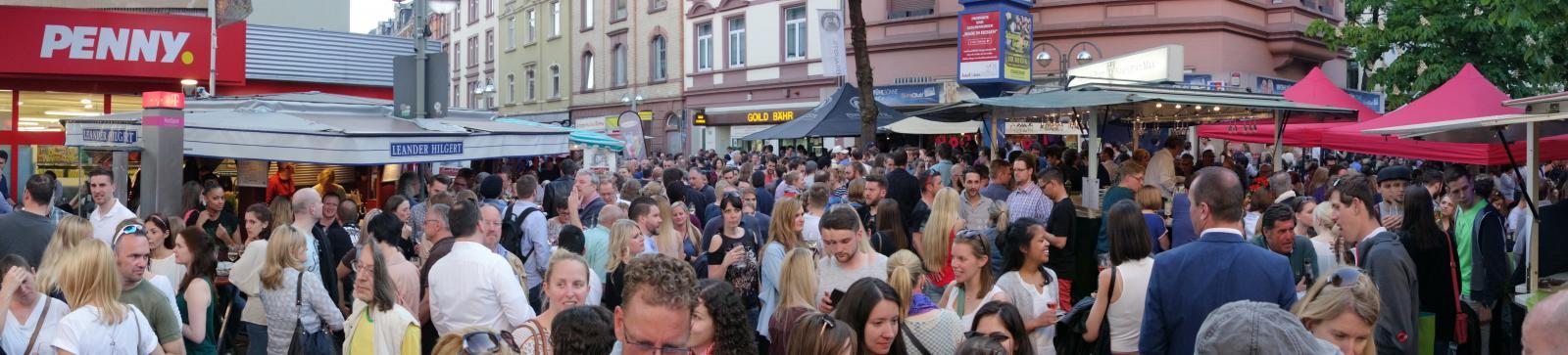 Bornheimer Weinfest mit Jung und Alt
